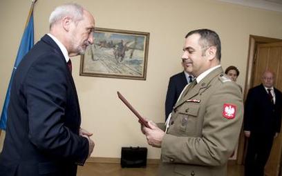 Antoni Macierewicz i płk Wiesław Kukuła