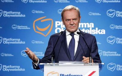 Donald Tusk, lider Platformy Obywatelskiej tłumaczy dlaczego przepisał majątek na żonę. - Moja rodzi