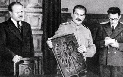 Wezwanie do wybuchu powstania przeciwko Niemcom wWarszawie było perfidną prowokacją Stalina