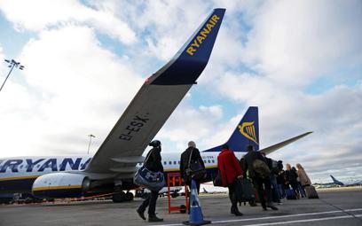 Ryanair ostro tnie siatkę połączeń
