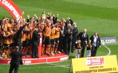Przed awansem Wolverhmapton do Premier League w 2018 roku, drużynie tej udało się awansować do angie