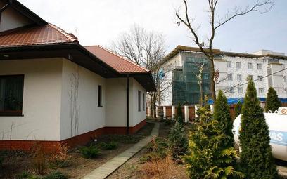 Zaprojektowanie budynku mieszkalnego wielorodzinnego na obszarze, w którym występuje wyłącznie zabud