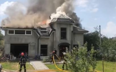 Samolot spadł na dom na Ukrainie. Zginęły cztery osoby