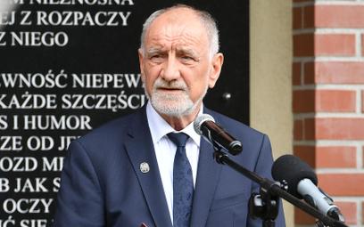 Ojciec Andrzeja Dudy: Część aktywnych społecznie rodaków szkodzi Polsce