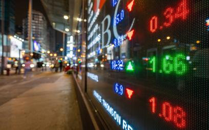 Chińska giełda przyciąga krajowych inwestorów