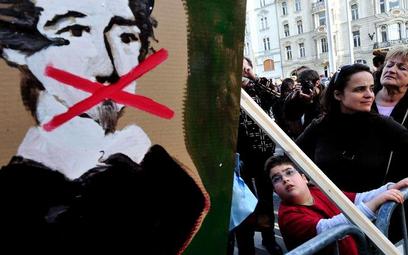 Węgrzy protestują przeciwko ustawie medialnej