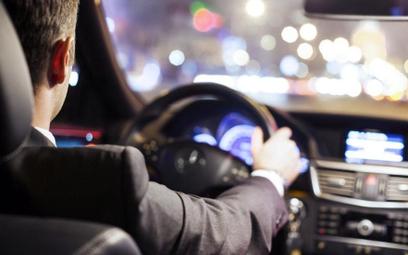 Auta będą śledzić każdy ruch kierowcy. Nawet jego emocje