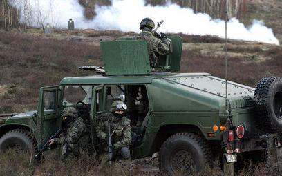 """Ćwiczenia """"Bagram I"""" w Wędrzynie (woj. lubuskie) w 2007 r."""
