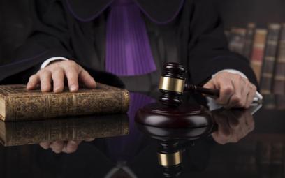 Regulamin sądów znów pozwoli na ręczne sterowanie