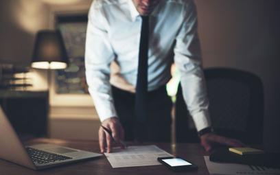 Prawnik w internecie: smartfon ważniejszy od biura