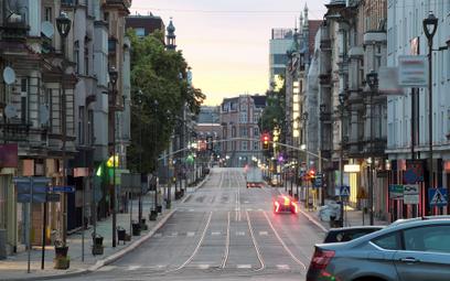 Śląsk inwestuje miliony w odciągnięcie ludzi od aut