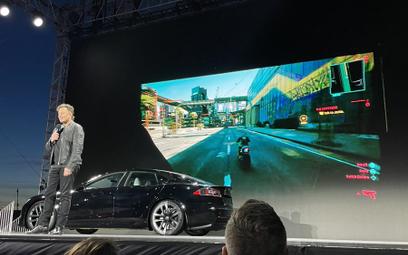 """Elon Musk wciąż stawia na """"Cyberpunka"""". Pokazał go w Tesli"""