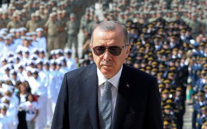 Erdogan: Trzeba skończyć z monopolem dolara w handlu