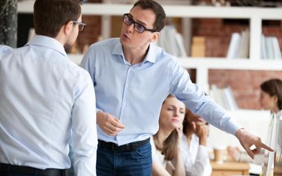 Kodeks pracy dokładnie określa sytuację, w których pracownik może rozwiązać umowę o pracę bez zachow