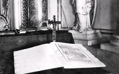 Egzemplarz Konstytucji marcowej