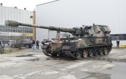Z Huty Stalowa Wola do Sulechowa wyruszył pierwszy transport z elementami zestawu bateryjnego 155 mm