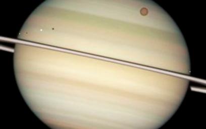 ?Saturn to prawdopodobnie żelazne jądro i gaz. ESA