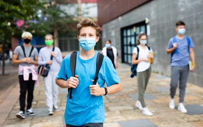 Koronawirus. Czy należy szczepić dzieci na COVID? Odpowiedź krajowej konsultant ds. pediatrii