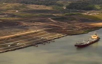 Po ponad rocznym opóźnieniu instalowanie nowych większych śluz w Kanale Panamskim zakończy się w końcu czerwca