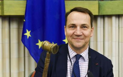 Sikorski: Premier będzie podwładnym wicepremiera Kaczyńskiego