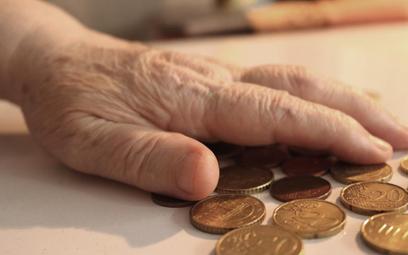 Zamiast wyższego wieku emerytalnego
