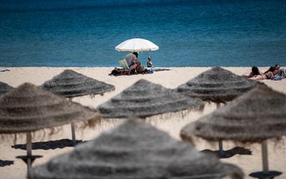 Polacy oszczędzają na wakacjach?
