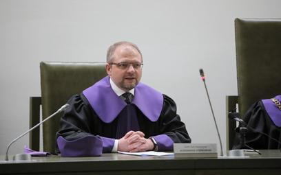 Sędzia Aleksander Stępkowski na sali Sądu Najwyższego w Warszawie