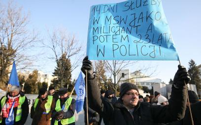 Ustawa dezubekizacyjna miała przywrócić sprawiedliwość dziejową