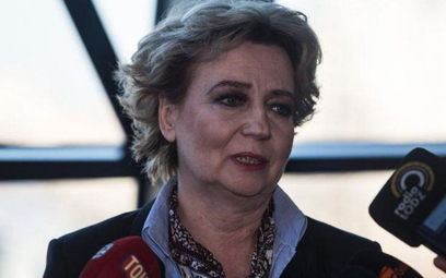 Hanna Zdanowska do Sasina: Kto mieczem wojuje…