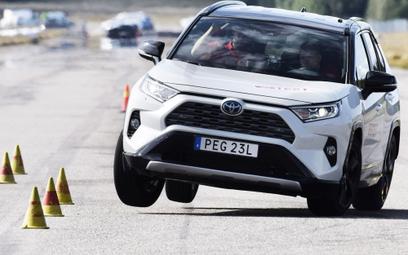 Nowa Toyota Rav4 nie przeszła testu łosia
