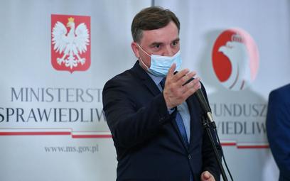 Zbigniew Ziobro: Ataki na reformę sądownictwa? Wojna hybrydowa UE