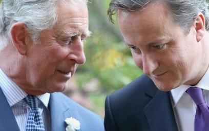 Książę Karol z premierem Dawidem Cameronem w czasie jednego z ich licznych spotkań