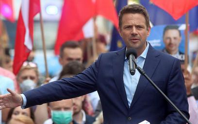 """""""Pod żyrandolem"""": Jak Trzaskowski próbuje rozbrajać polityczne mity"""