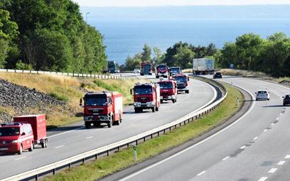 Strażacy walczą z pożarami. Szwedzi dziękują Polakom