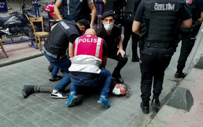 Turcja: Marsz LGBT w Stambule. Policja użyła gazu łzawiącego