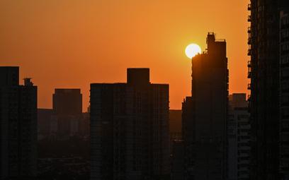 Niespodziewane niedobory energii w Chinach. Ciemne domy, ciemne drogi