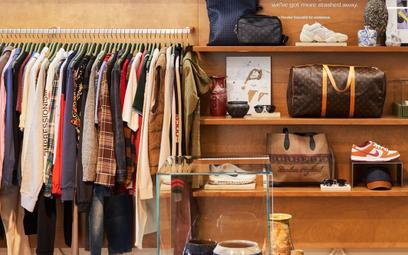 Producenci ubrań rocznie palą tkaniny za pół biliona złotych