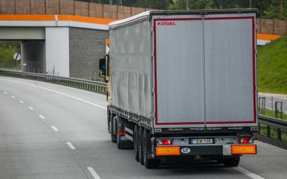 VAT: kiedy mamy do czynienia z wewnątrzwspólnotową dostawą towarów