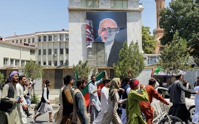 Talibowie szukają wrogów przez Facebooka. Koncern reaguje
