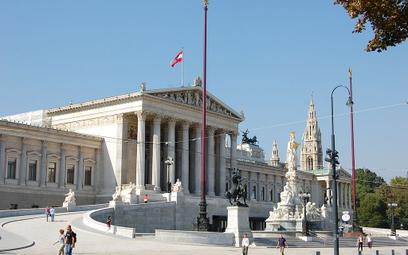 Austria: W parlamencie znaleziono prace plastyczne Adolfa Hitlera