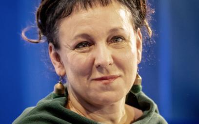 """Olga Tokarczuk rezygnuje z przyznanego tytułu. """"Nie chce być elementem gry"""""""