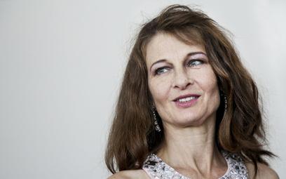 Beata Poźniak pracuje w USA odlat 90. Grała w JFK Stone'a. Nagrywała zArnoldem Schwarzeneggerem i