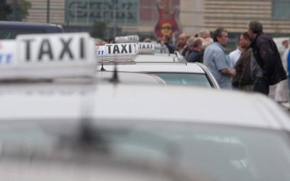 Taksówkarze niczym kurierzy. Szybkie dostawy podbijają rynek