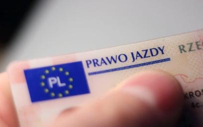 Jakie są wymagane badania na prawo jazdy w Polsce i na świecie?