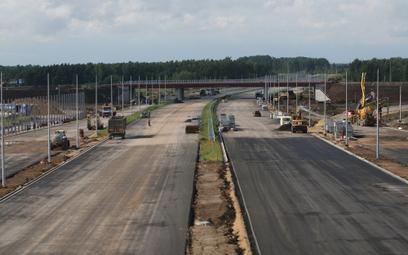 Ostre hamowanie na budowie dróg