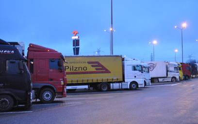 Europejski problem: brakuje parkingów dla ciężarówek