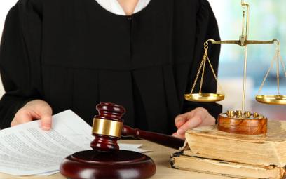 Spór pracownik - pracodawca: kiedy sąd zastosuje zasady współżycia społecznego