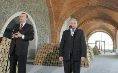 Kazimierz M. Ujazdowski (z lewej) i Jarosław Kaczyński