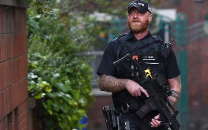 Manchester: Kobieta zatrzymana po dużej akcji policji