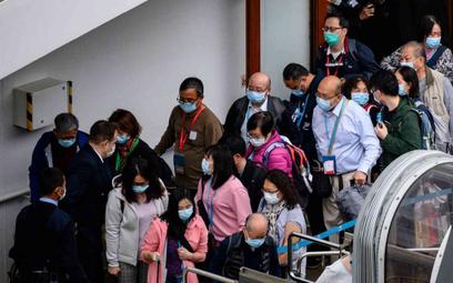 Chiny: Niemal 100 ofiar wirusa w ciągu doby